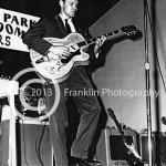 8379 Glen Campbell on stage taken by Johnny Franklin