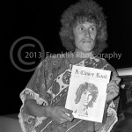 8600 Alvin Lee from the band Ten Years After holding a copy of A Closer Look magazine. Photo by Johnny Franklin