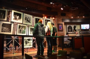Hard Rock guests enjoying the pictures