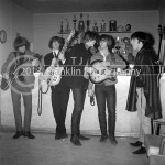 8648-email The Byrds backstage 1965 Coliseum 2