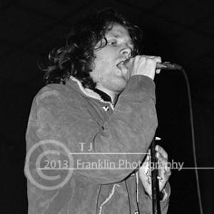 8665-email-bw close up Jim Morrison 2-17-68 Coliseum 2
